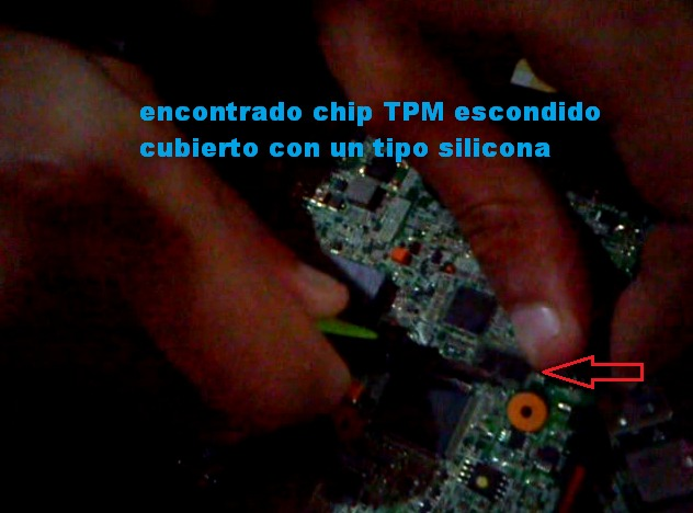 encontrado chip TPM escondido, notebook del gobierno 2013